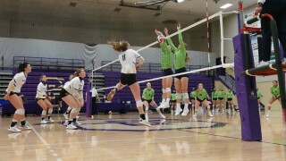 Argos dominate Saints in Frontier Conference's volleyball return