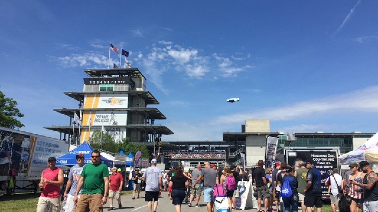 PHOTOS: Record-breaking Carb Day crowd