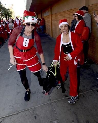 PHOTOS: The Great Santa Run 2017