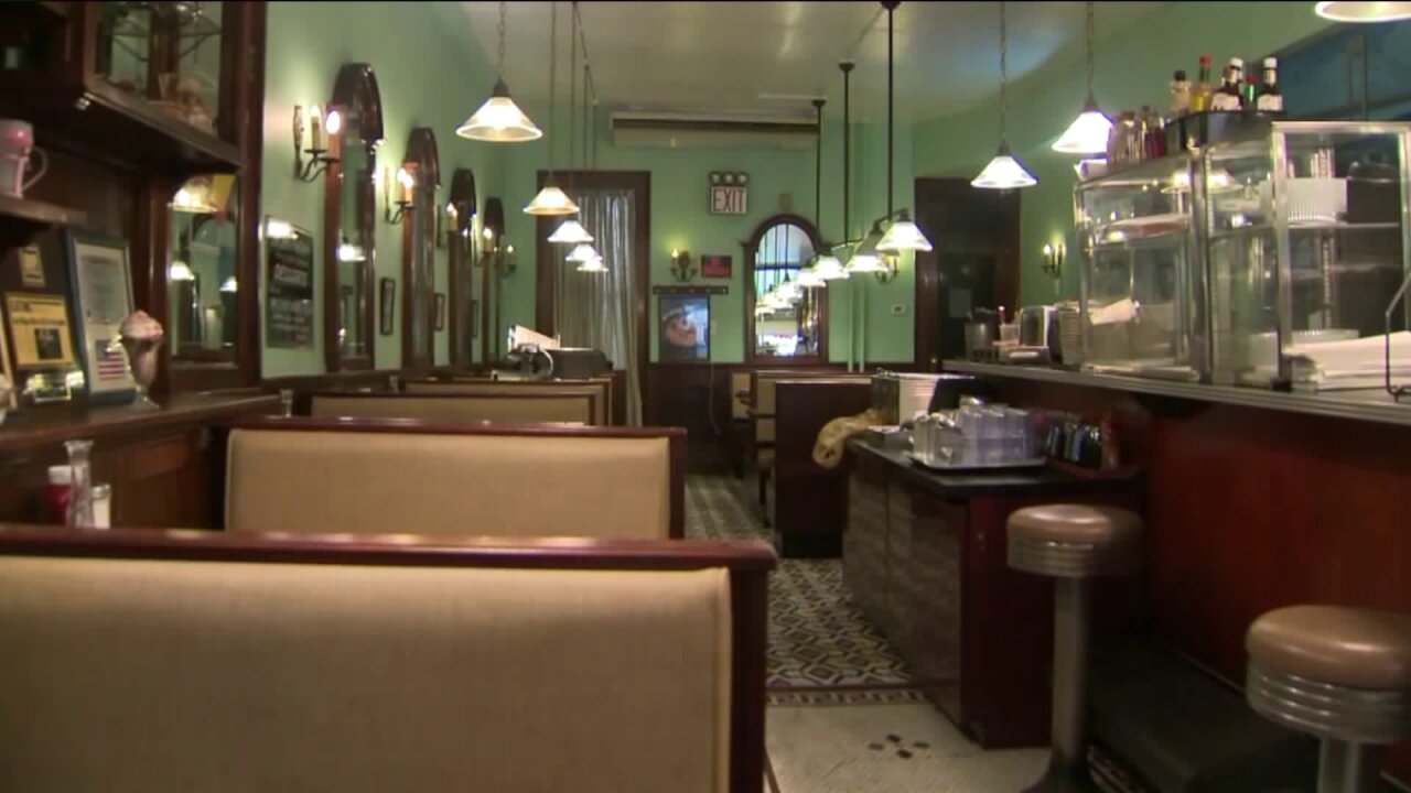 Indoor dining may not return to NYC until next year; restaurant owners say they may not make it