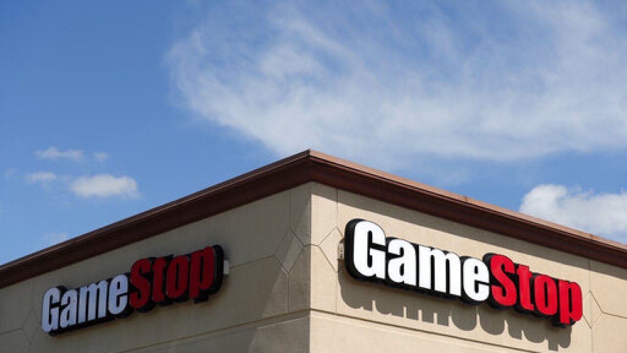GameStop to close up to 450 locations by end of 2020