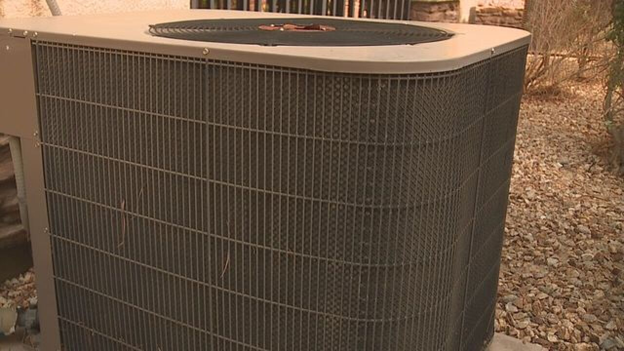 No AC? Vegas family sweats 8 days for repairs
