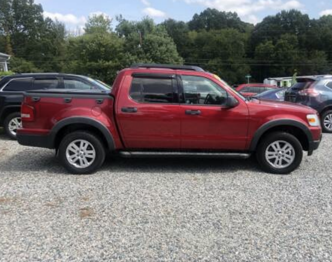 2008 red ford explorer sport trac