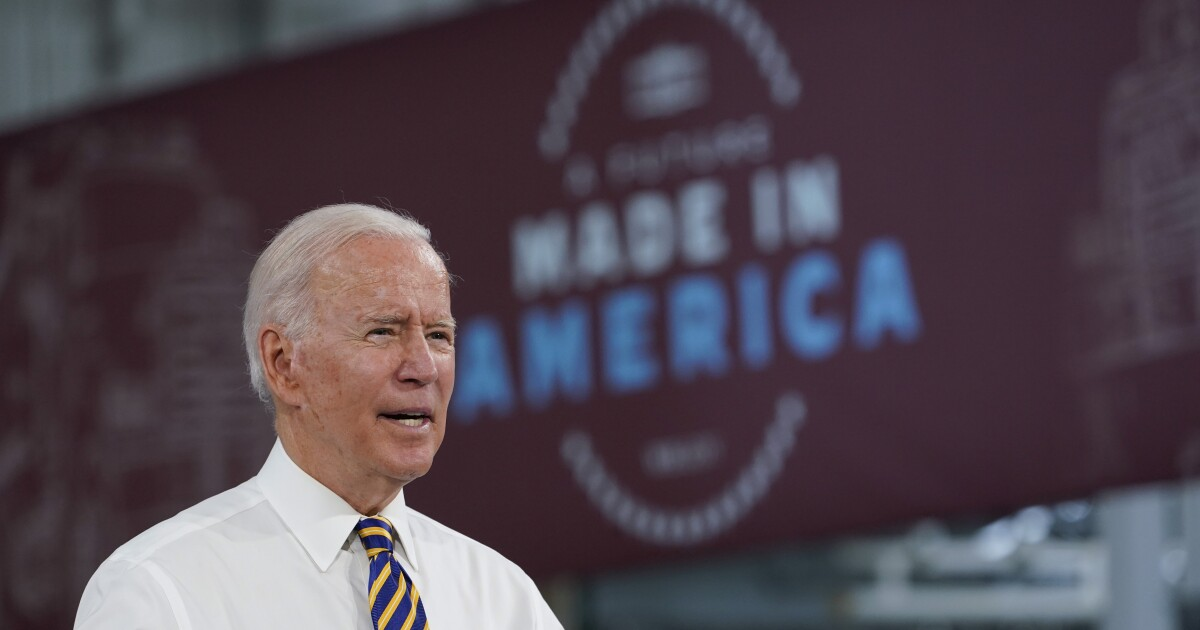 Biden administration offers $100 incentive to unvaccinated, pushes federal workers to get vaccinated