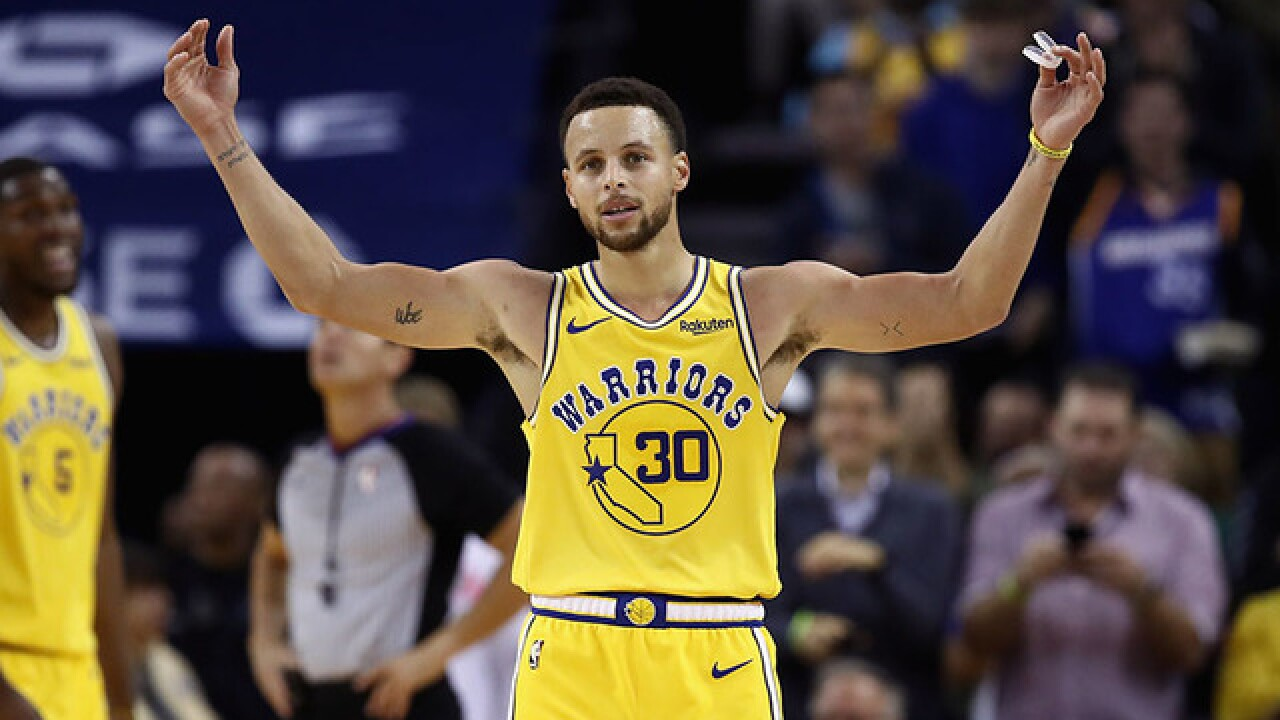 Golden State Warriors star Stephen Curry involved in multi-vehicle crash on freeway