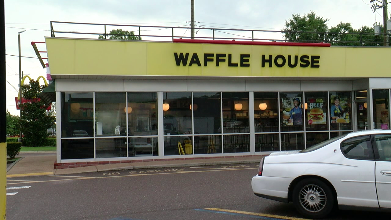 Waffle-House-Tampa-2019-07-11-22h37m27s460.png