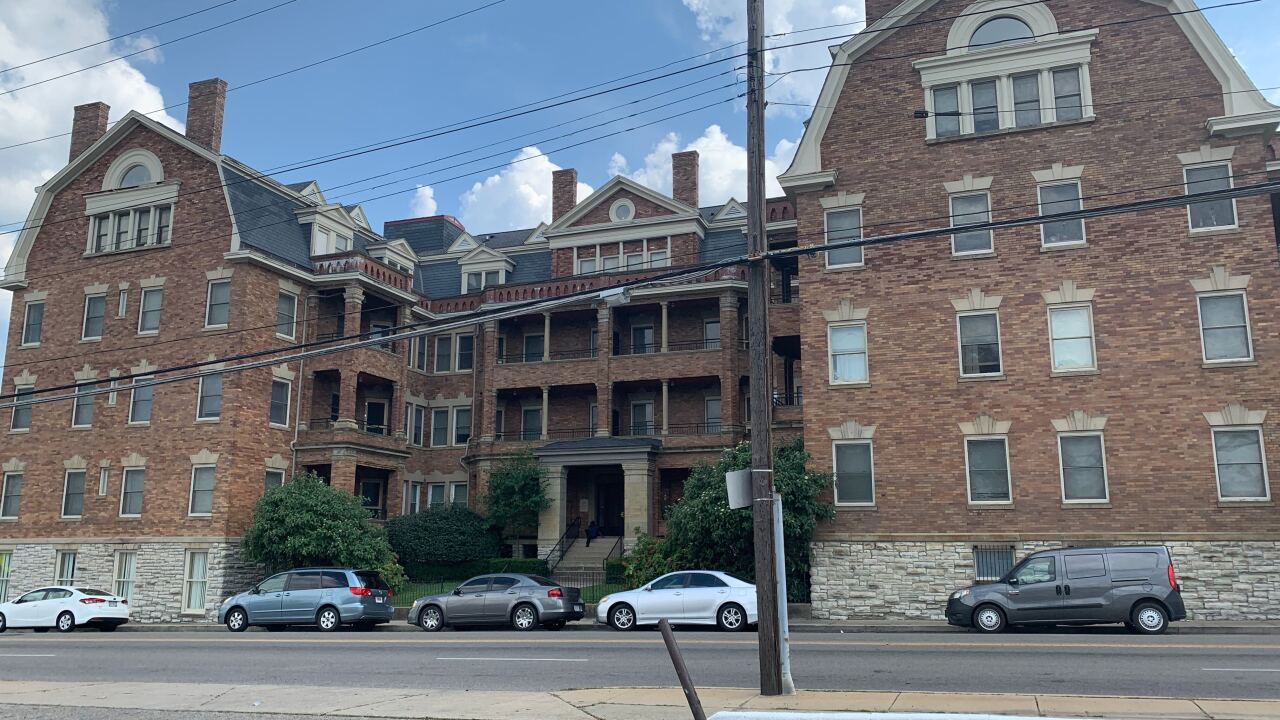 The Alexandra Apartments_Gilbert Avenue_Walnut Hills