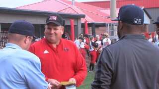 Cajuns sweep first day of Louisiana Classic