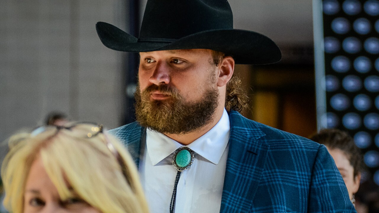 Aaron Rodgers wears cowboy outfit to luncheon