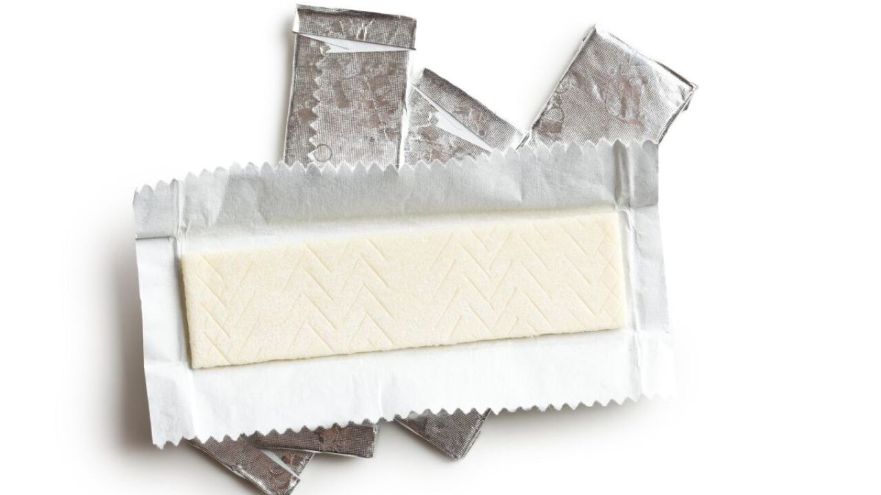 Does chewing gum help you lose weight?