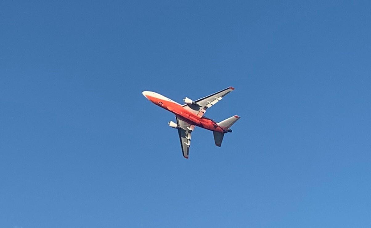 Air tanker seen leaving Helena