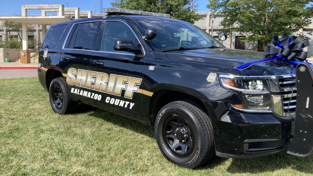 Kzoo Co. Sheriff Office honor Proxmire pic 1.jpg