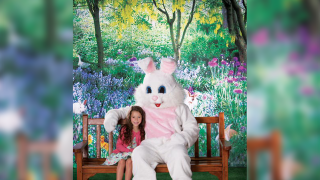 Get a FREE photo with the Easter Bunny at Bass Pro Shops