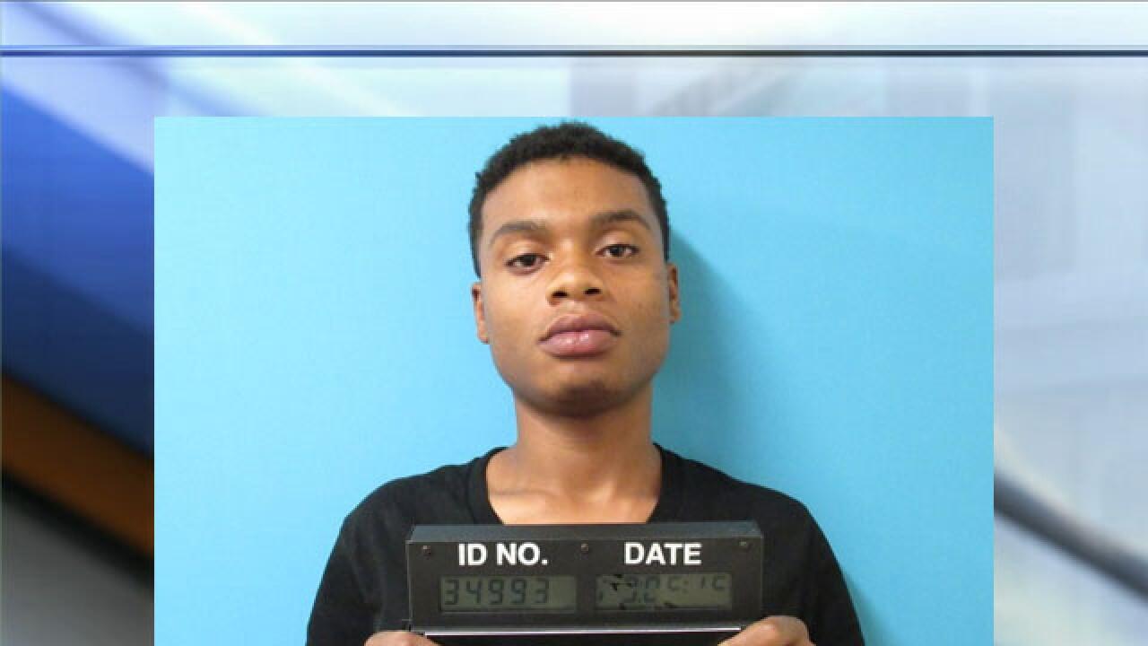 murder suspect Crishon Willis.jpg