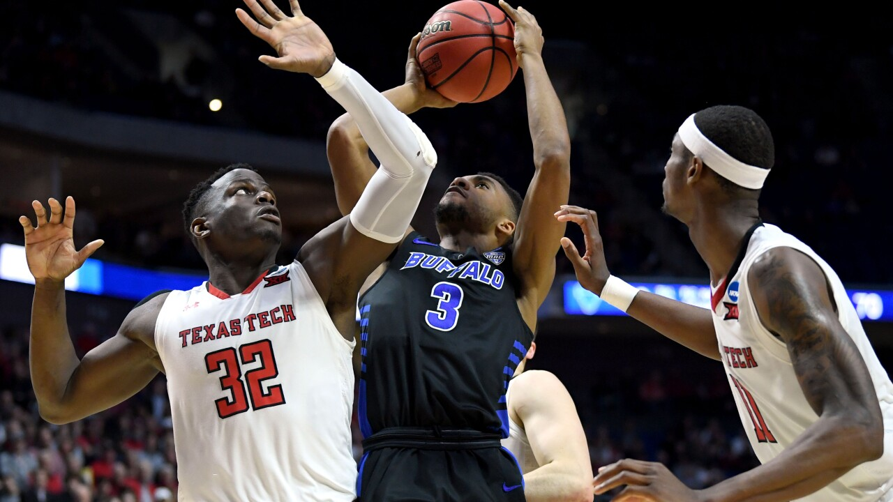 timeless design dd12a 4aae1 UB men's basketball set to open up Charleston Classic ...