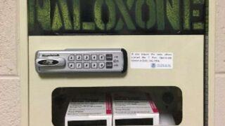 fentanyl-naloxone-lock-box-ht-jt-190719_hpEmbed_8x9_992.jpg