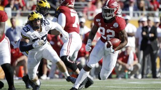 Alabama overwhelms Michigan in Citrus Bowl 35 to 16