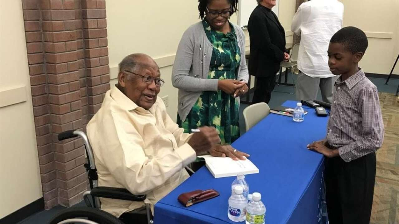 Ernest J. Gaines visits Lafayette library in promotion of new book