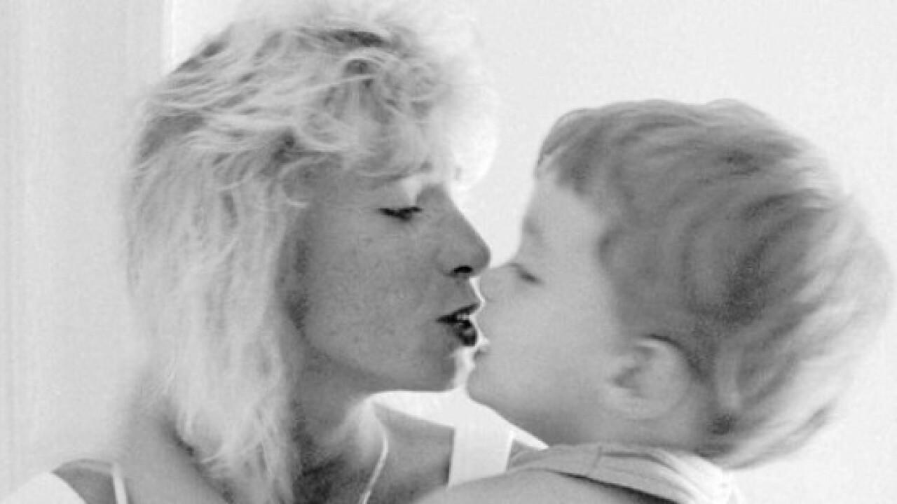 Sharon Mattes, who lost Va. gay custody case, dead at48