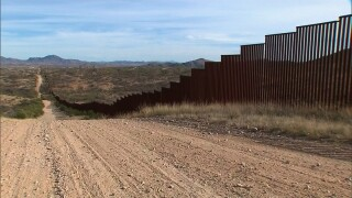 Trump admin considers temporary courts along Mexico border