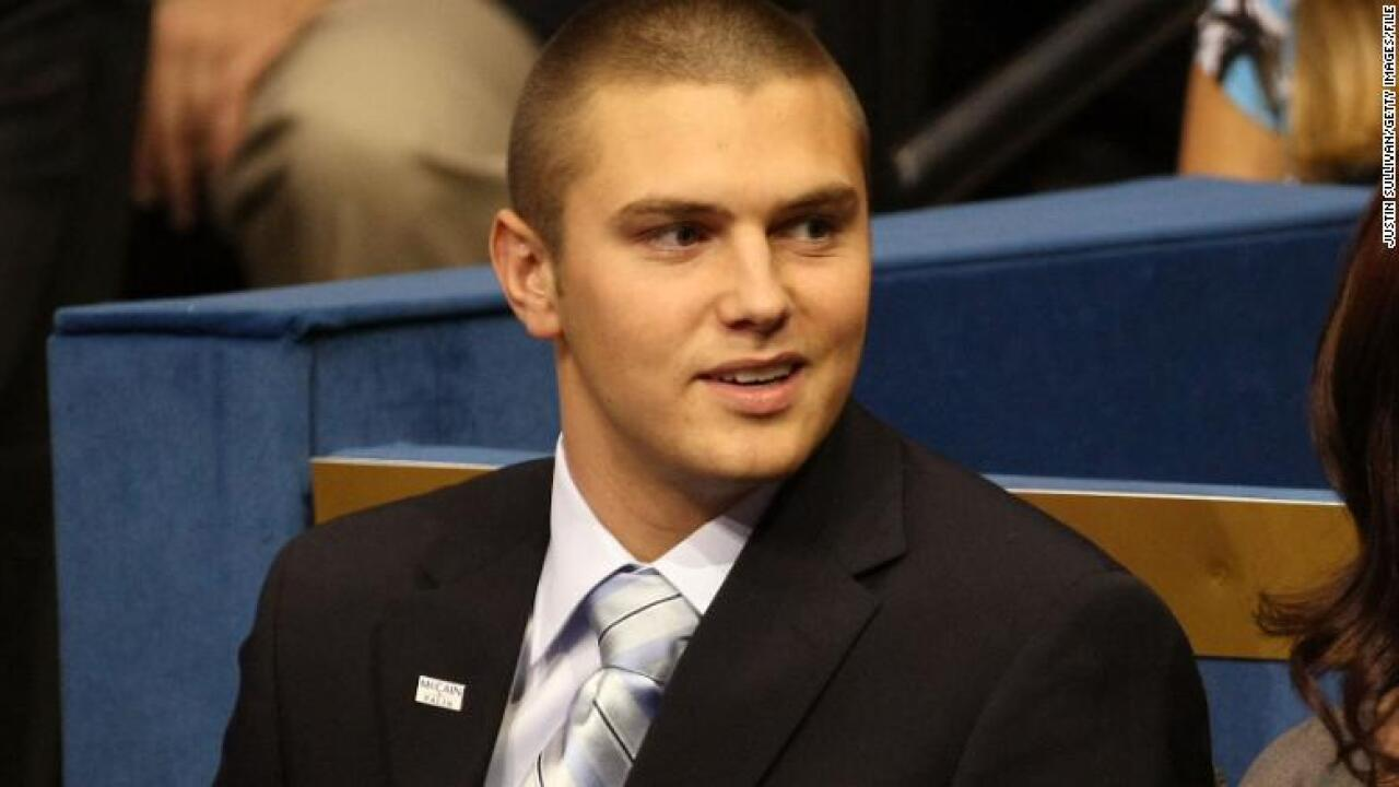 Sarah Palin's oldest son charged with beating up his father