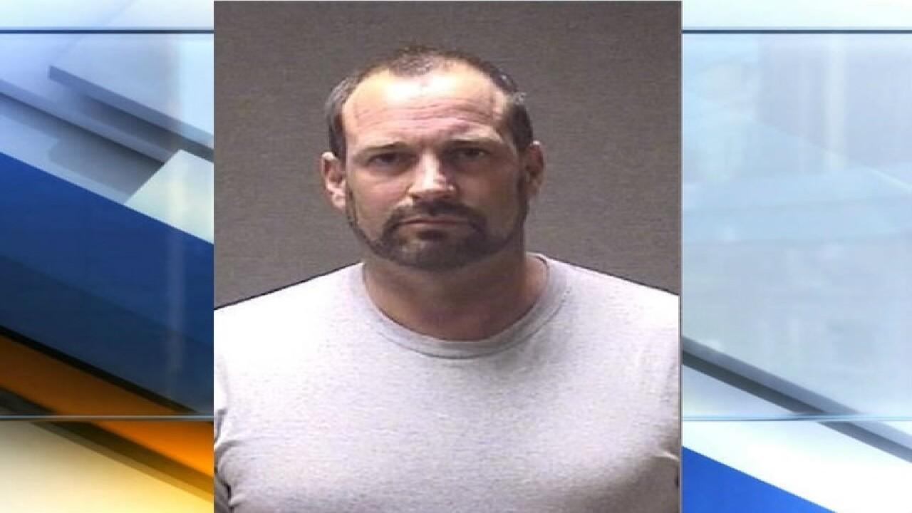 Indiana doctor charged with stealing drugs