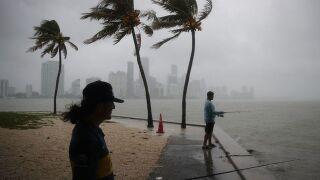 Gordon strengthens, expected to hit Gulf Coast as hurricane
