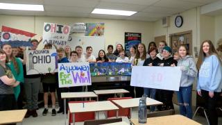 Batavia 8th grade students aquawen
