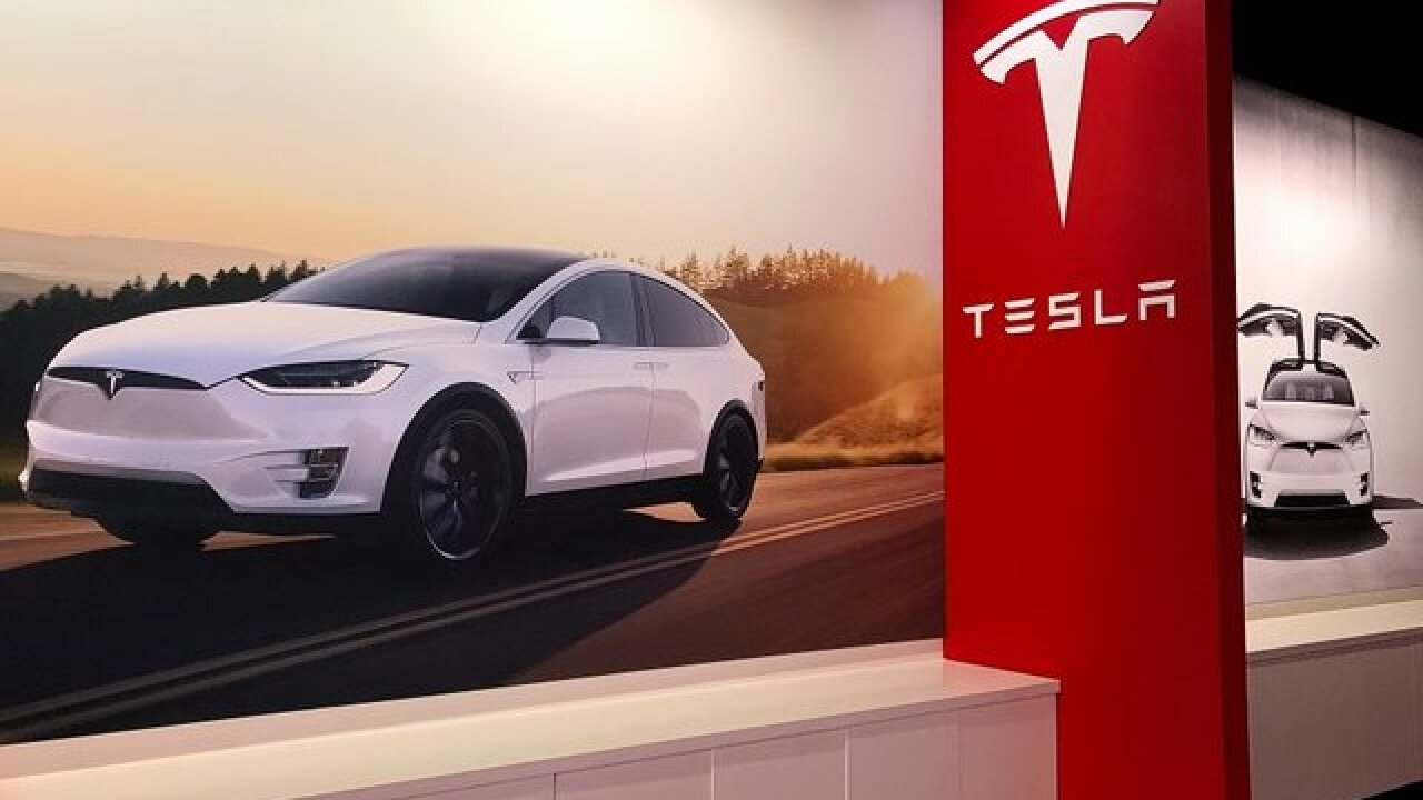 Tesla's stock continues to fall