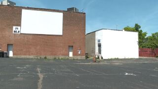 Hollywood Drive-In Theatre in College Hill