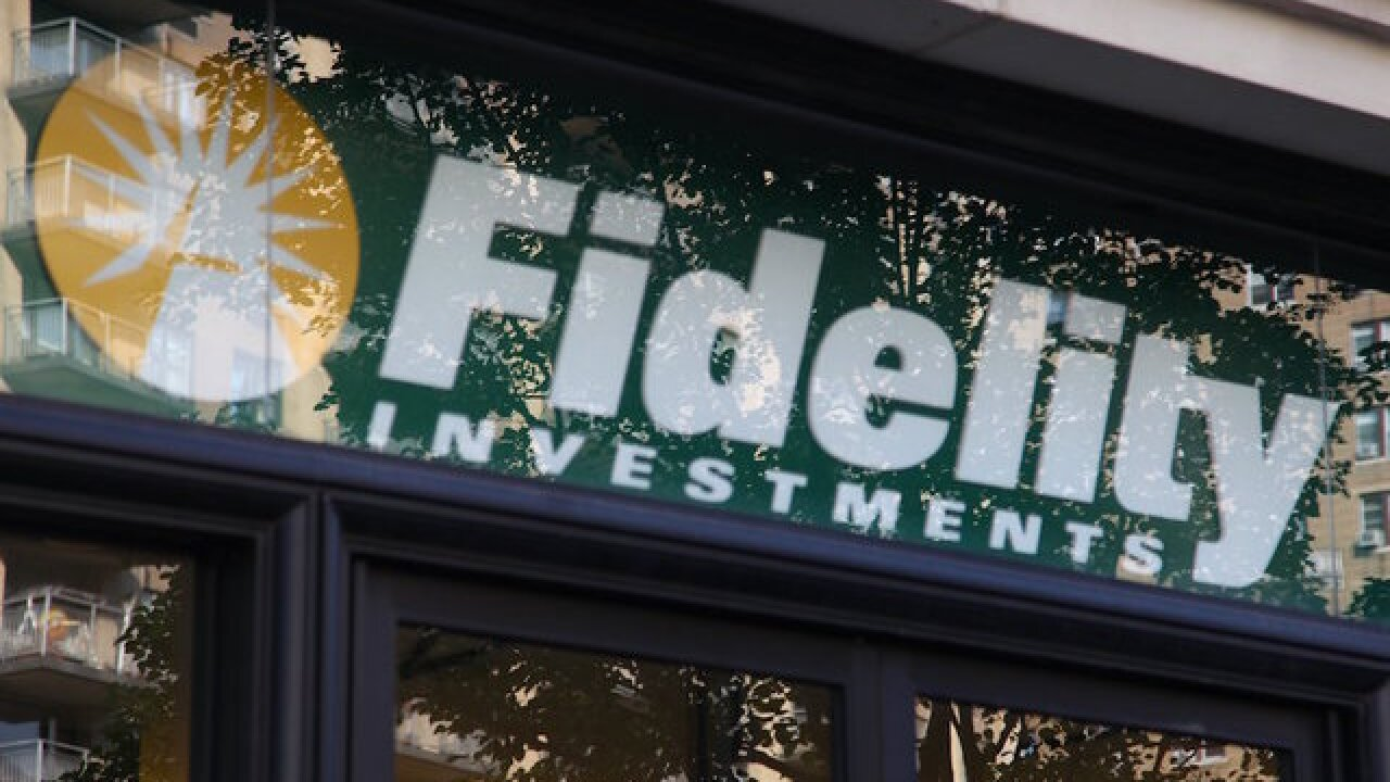 Fidelity cuts online trading fee to less than $5