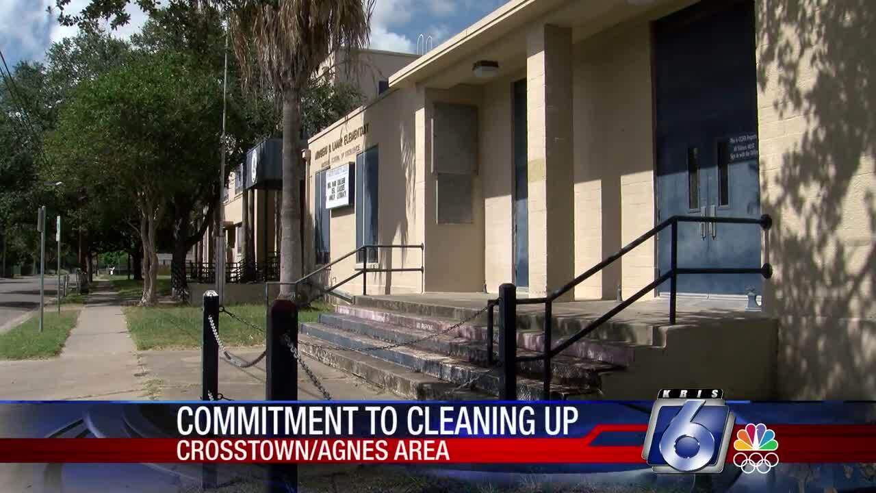The Ed Rachal Foundation wants to clean up the area around the former Lamar Elementary School