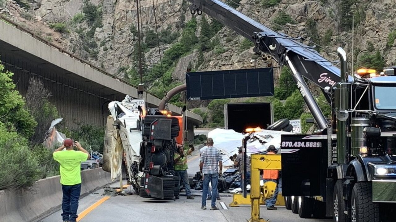 glenwoodcanyon-crash1.jpeg