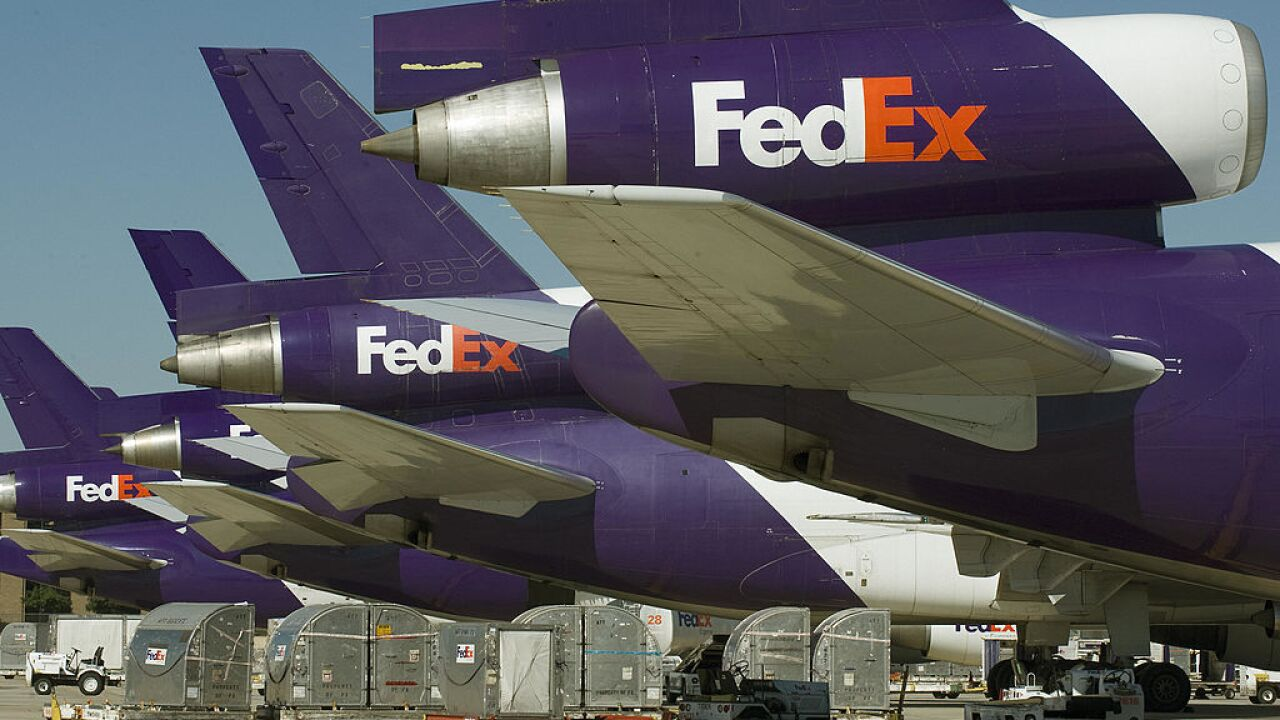 Fedex airplane makes emergency landing at Norfolk International Airport