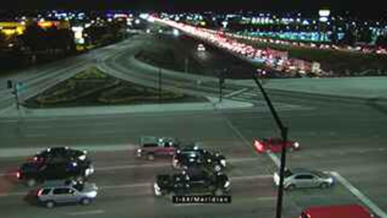 Crash blocking I-84 near Eagle Road