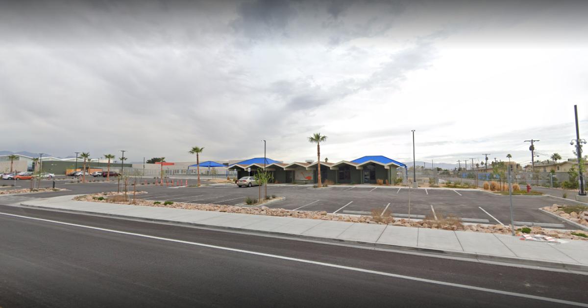 Reports of nausea, vomiting at Vegas elementary school