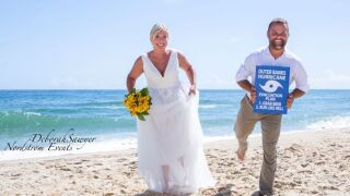 Photos: Couple weds in last-minute OBX ceremony ahead of Hurricane Dorian