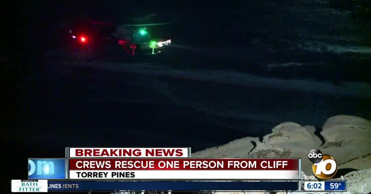 Crews rescue person stranded on Torrey Pines cliff