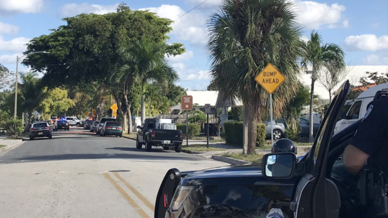 Police: Man shot at officer in West Palm Beach; shooting suspect in custody