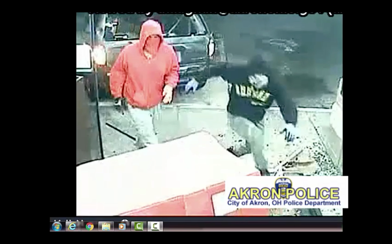 Thieves ram van into Akron gas station, steal ATM