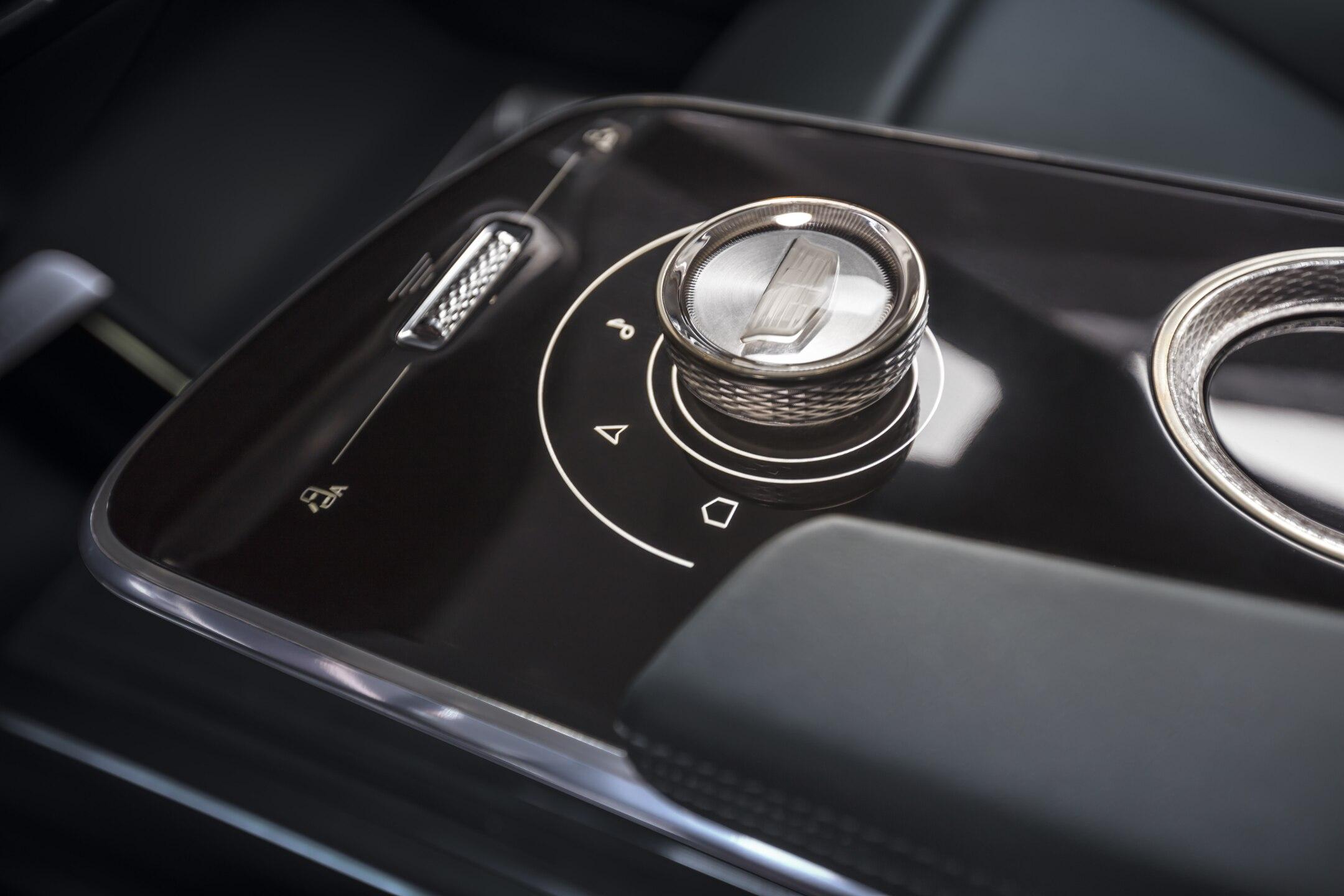 Cadillac LYRIQ's new electric vehicle architecture opens up po