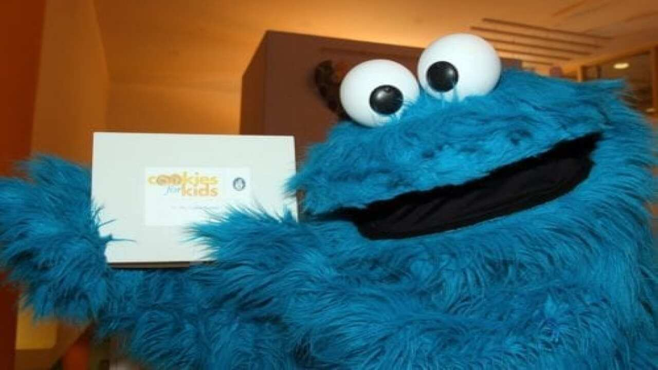 You Can Now Get Your Driving Directions From Cookie Monster On Waze