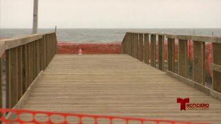 malecon Dolphin Beach casi terminado 0203.jpg