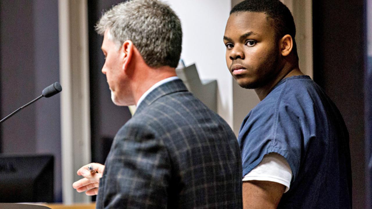 Accused teen 'doctor' back in jail