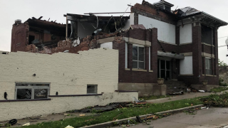 Photos: Tornado rips through Jefferson City, Missouri