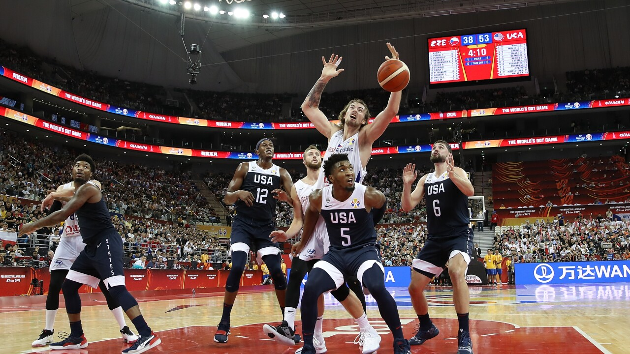 No surprise: USA tops Czech Republic to open World Cup
