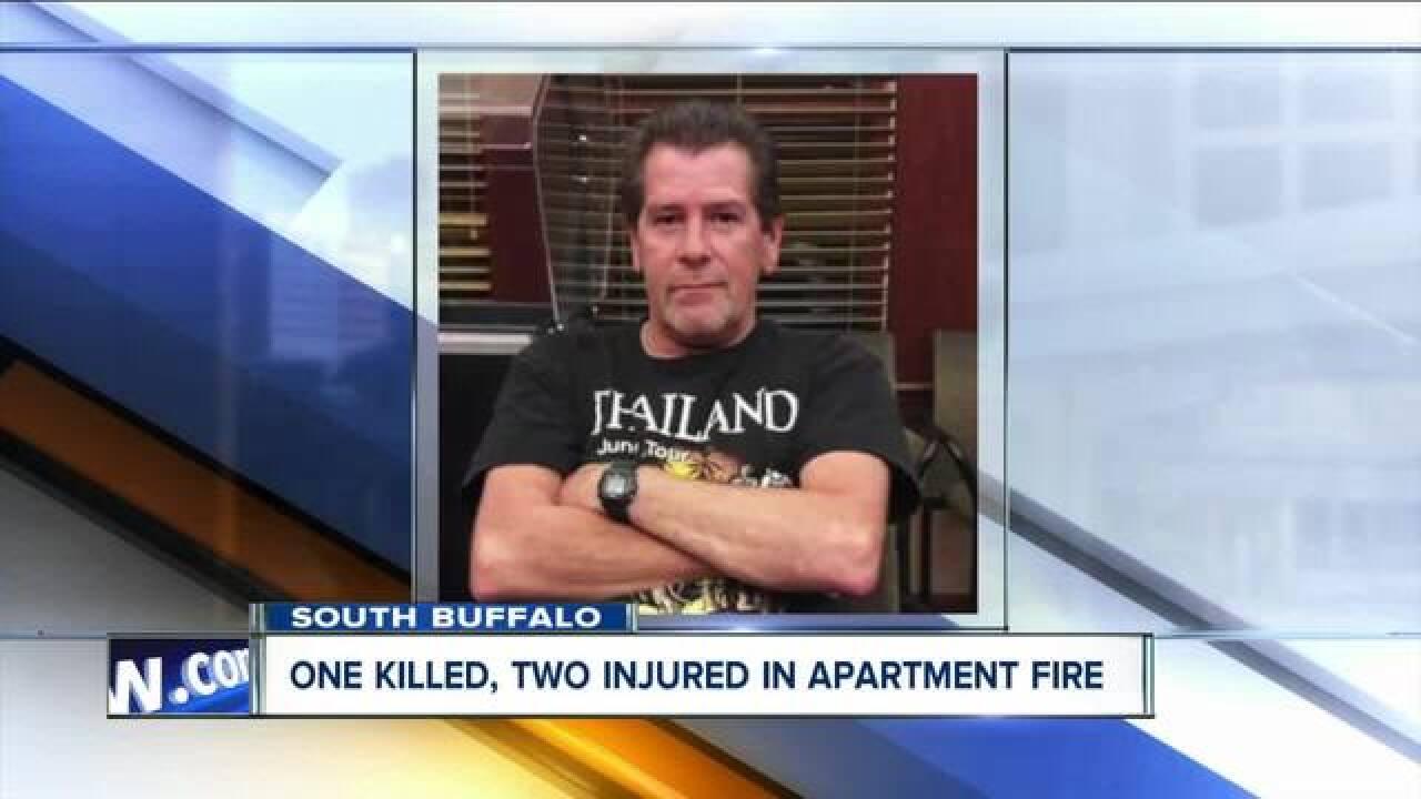 One dead in overnight South Buffalo bar fire