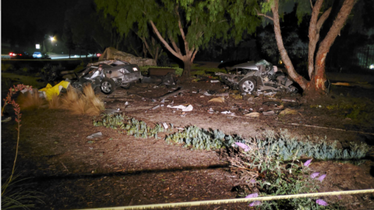 Car splits in two Carmel Mtn Ranch