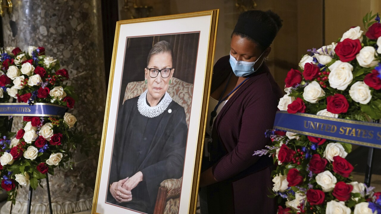 Justice Ruth Bader Ginsburg lies in state at U.S. Capitol