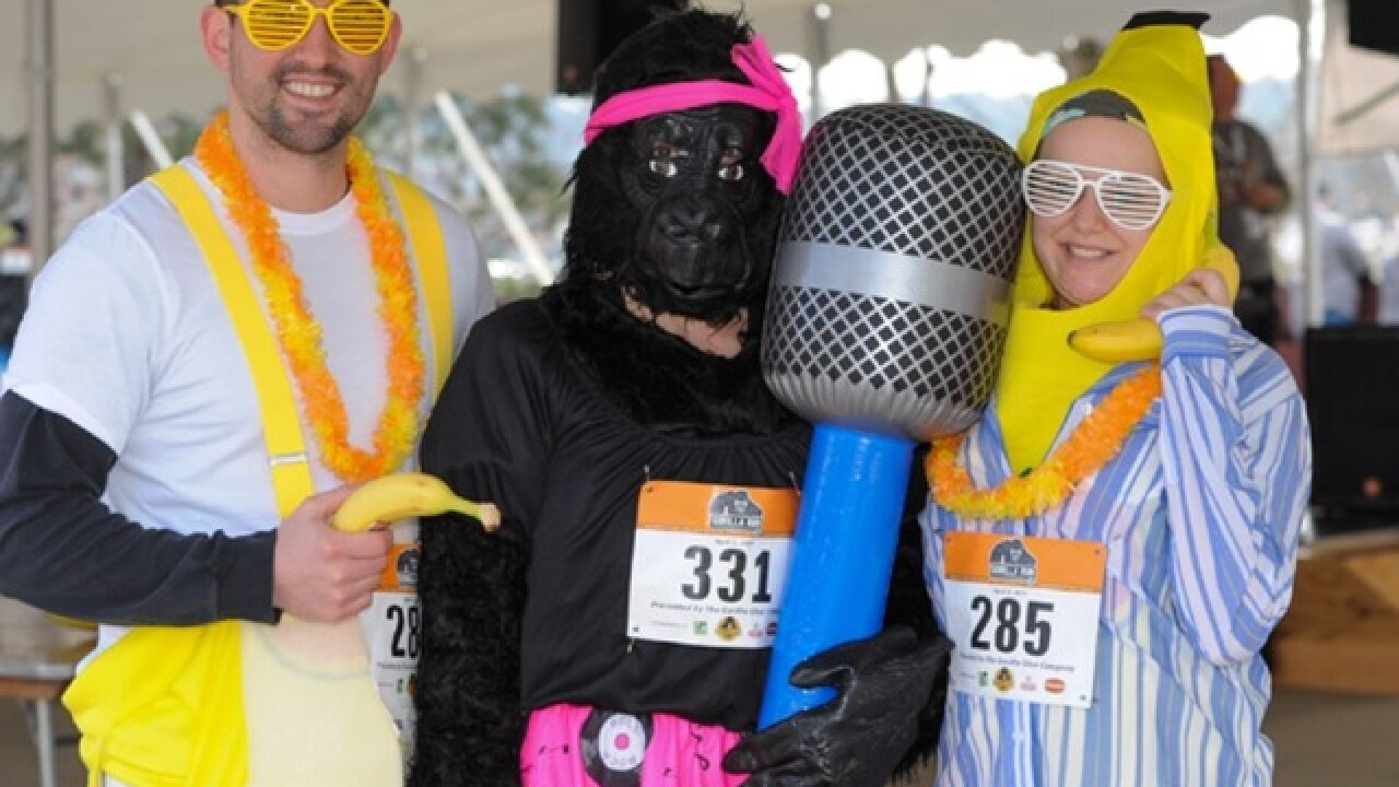 PHOTOS: Cincinnati Gorilla Run 2017